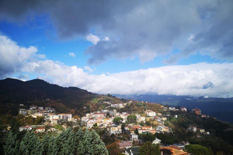 CALABRIA SPECIALE week-end: TEMPO GENERALMENTE DISCRETO CON QUALCHE PIOVASCO